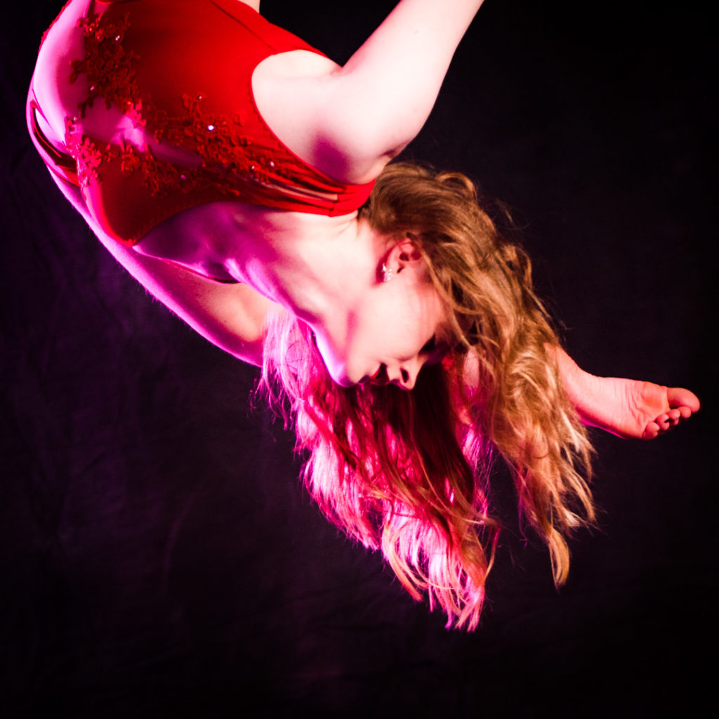 moody street circus, aerial arts, circus, Axie Breen Photography, Zoe Heywood, aerial straps